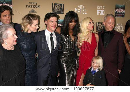 LOS ANGELES - OCT 3:  Kathy Bates, Sarah Paulson, Finn Wittrock, Naomi Campbell, Lady Gaga, Ryan Murphy at the