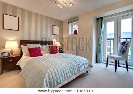 Sophisticated Modern Bedroom