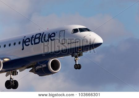 FORT LAUDERDALE, USA - May 30, 2015: A Jetblue Airlines Embraer 190 aircraft landing.
