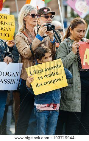 Demonstrators Protesting Against Turkish President Erdogan Policy