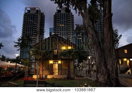 Quarter Sarona In Tel Aviv