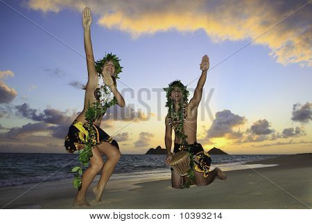 couple dancing hula