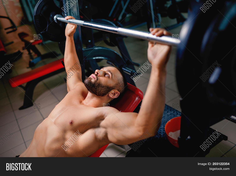 Naked men lifting weights, danish teen cumshots