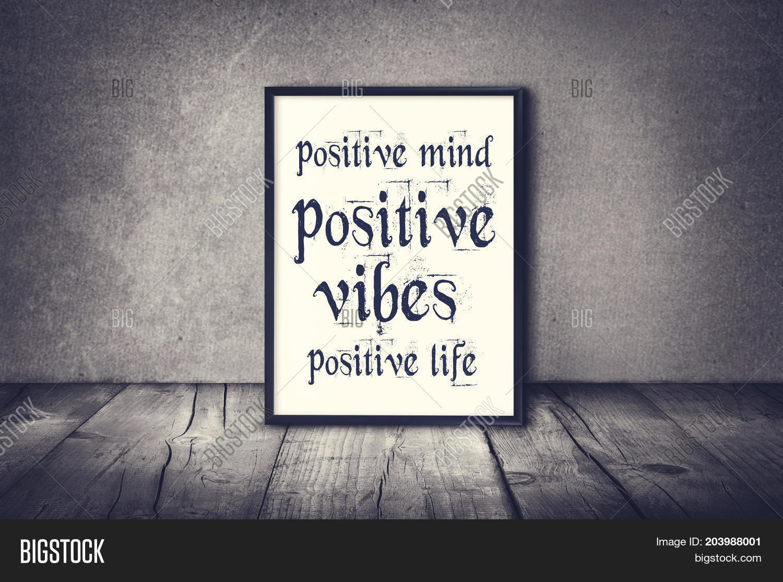 Positive Afbeelding En Foto Gratis Proefversie Bigstock