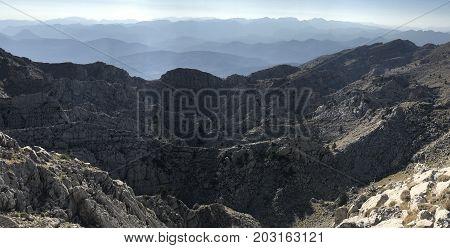 dangerous mountain ranges that do not pass