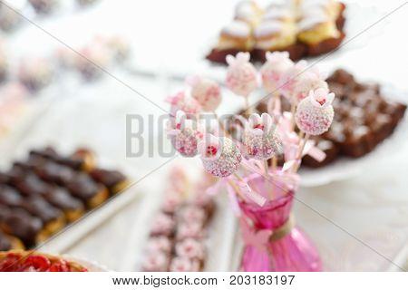 Details Of Cake Pops At A Wedding