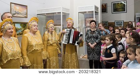 Choir Inspiration trade union veterans cell KNPP in folk costumes. 6 February 2015. Udomlya City, Russia.