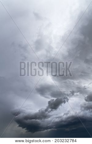 storm clouds in the daytime sky / a sudden worsening of the weather has led to the emergence of storm clouds the day