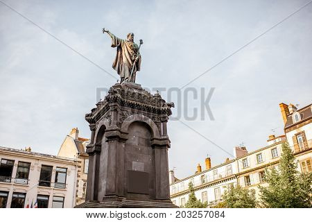 Statue du pape Urbain in Clermont-Ferrand city in France