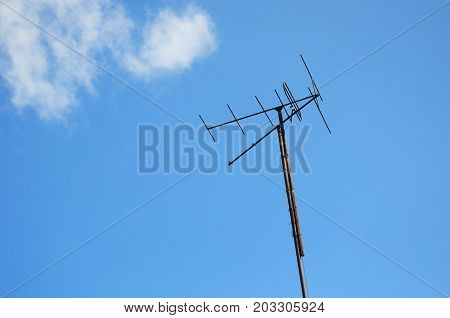 Close up on Old rusy television antenna