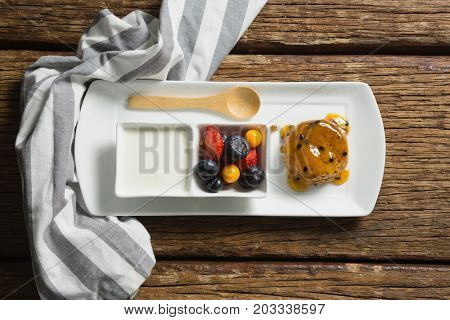 Close-up of healthy breakfast in serving plate