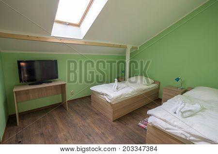 Bedroom Hotel, Hotel, Green Walls, Skylights