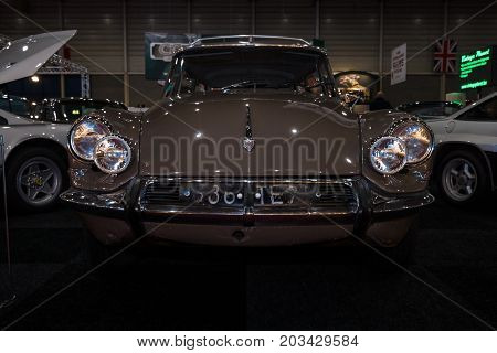 MAASTRICHT NETHERLANDS - JANUARY 08 2015: Mid-size luxury car Citroen DS21 Break. International Exhibition InterClassics & Topmobiel 2015