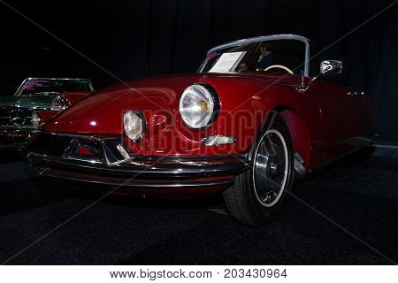 MAASTRICHT NETHERLANDS - JANUARY 08 2015: Mid-size luxury car Citroen DS Convertible - Series 2. International Exhibition InterClassics & Topmobiel 2015