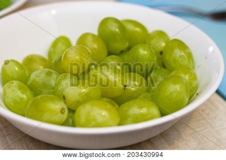 Washed seedless grapes ready to be eaten or used as ingredient