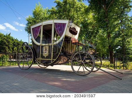 Ramon Russia - June 07 2017: A carriage at the palace park Oldenburg in the village of Ramon Voronezh region