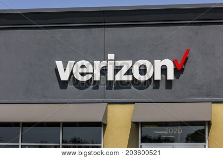 Kokomo - Circa September 2017: Verizon Wireless Retail Location. Verizon is the largest U.S. wireless communications service provider XXII