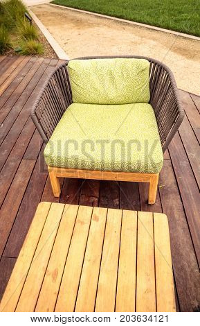 Wood Patio Lounge Chairs With Green Cushions