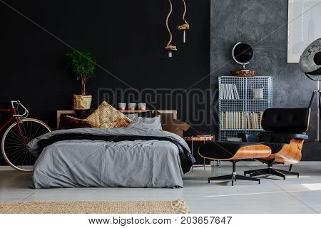 Manly Room With Chaise Lounge