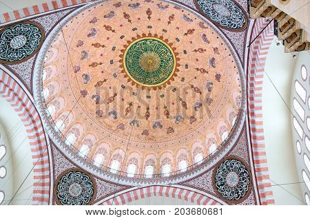 ISTANBUL, TURKEY - OCTOBER 29, 2015: Ceiling decoration in Suleymaniye Mosque.  Suleymaniye Mosque built on the order of Sultan Suleyman the Magnificent.