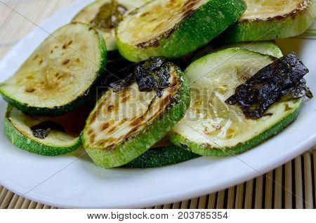 Zucchini con Salvia  , close up meal