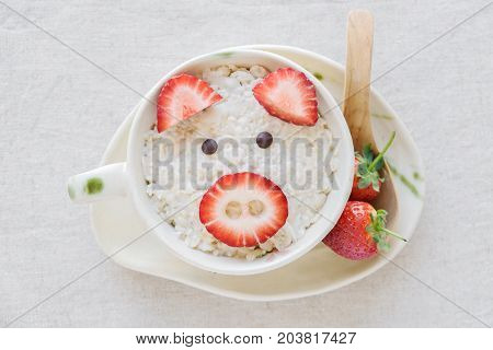 Pig Oatmeal Porridge Breakfast, Fun Food Art For Kids
