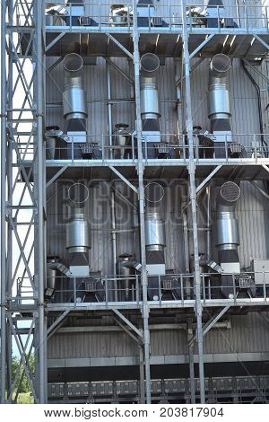 Ventilation agricultural silo grain. The Industrial background