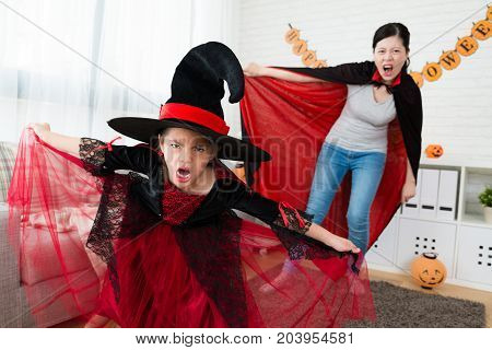 Little Girl And Her Mother Try To Scare People