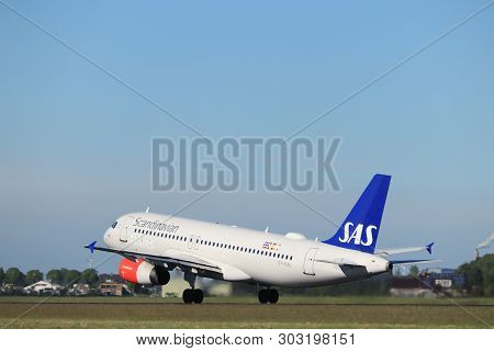 Amsterdam The Netherlands - May 24th, 2019: Oy-kal Sas Scandinavian Airlines Airbus A320-200 Takeoff