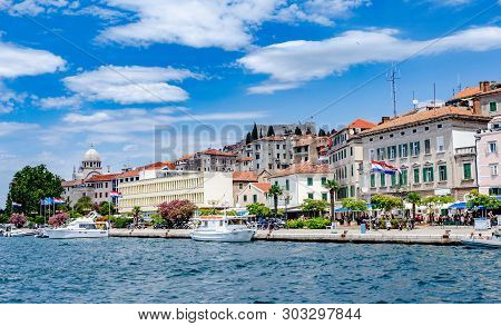 Sibenik, Croatia - 14 July, 2017: Quay Of The City Of Sibenik, Tourist Attraction Of Croatia.