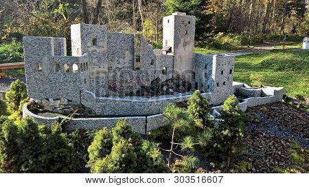 Janska Dolina. Slovakia Miniatures. Strecno Castle And Many Other Objects.