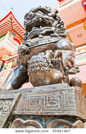 Chinese Lion Statues