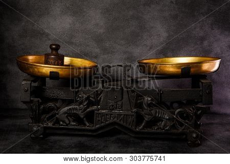Vintage Antiquarian Scales With Two Golden Bowls