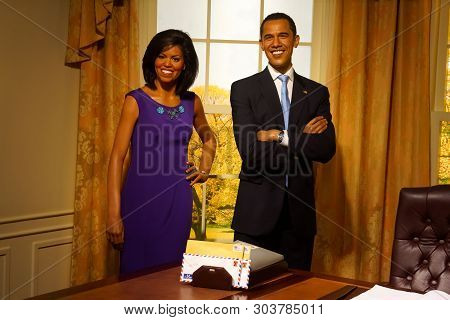 Bangkok, Thailand, March 2013 A Waxwork Of Barack And Michelle Obama On Display At Madame Tussauds W