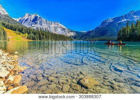 Emerald Lake,yoho National Park In British Columbia,canada
