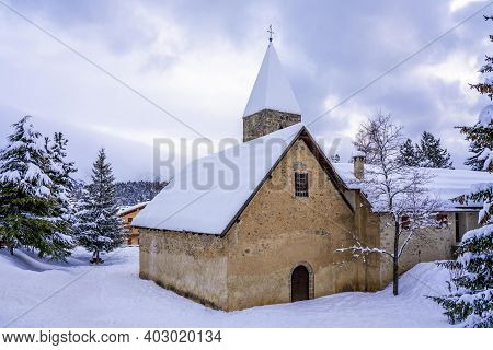 Mountain Town Auron In Winter. Evening Times. Popular Ski Resort In Alps Maritime, France. High Qual