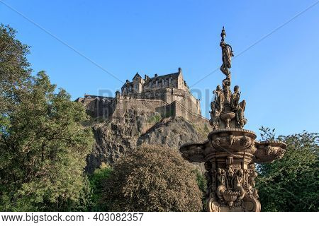 Edinburgh, Great Britain - September 10, 2014: This Is A View Of Edinburgh Castle And The Top Of The