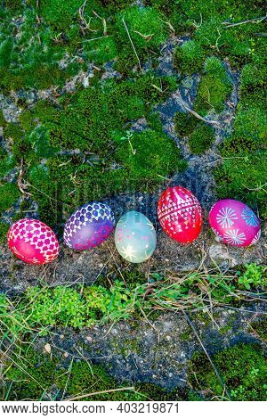 Five Easter Eggs In Moss, Handmade With Wax Technique, Old Eastern Germany Tradition, Craftsmanship,