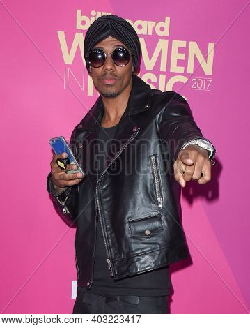 LOS ANGELES - NOV 30:  Nick Cannon arrives for  2017 Billboard Women in Music on November 30, 2017 in Hollywood, CA