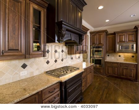 Luxury Diamond Tile Kitchen Corner