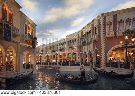 Las Vegas,nevada,usa -may 2014: Photo Of Venezia Hotel Interior. The Venetian Las Vegas Is A Luxury