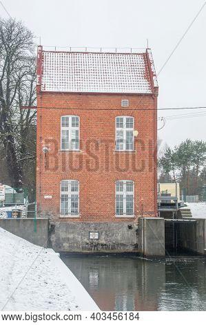 Pruszcz Gdanski, Poland - January 6, 2021: Hydroelectric Power Plant On Radunia Canal.