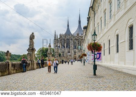 Kutna Hora, Czech Republic - July 27, 2017: People Outside The Saint Barbara's Church, A Roman Catho