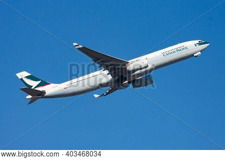 Cathay Pacific Airways Airbus A330-300 B-lad Passenger Plane Departure And Take Off At Hong Kong Che
