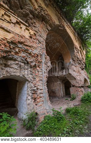 Tarakan Fort (other Names - Dubno Fort, New Dubna Fortress) - A Defensive Structure, An Architectura