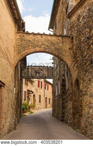 The Historic Arched Entrance To The Medieval Village Of San Lorenzo A Merse Near Monticiano In Siena