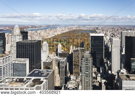 New York Skycrapers On Manhattan Island, With Central Park In The Background. New York City, Usa
