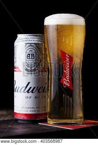 London, Uk - April 27, 2018: Aluminium Can Of Budweiser Beer On Wooden Background With Label, An Ame