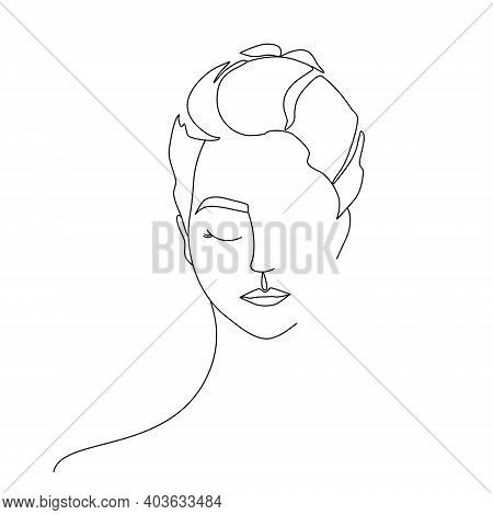 Continuous Line Drawing Woman Portrait. Beauty Woman Face One Line Drawing Art.  Trendy One Line Dra