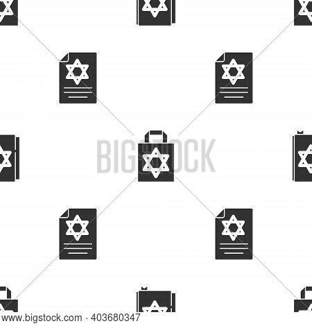 Set Jewish Torah Book, Shopping Bag With Star Of David And Torah Scroll On Seamless Pattern. Vector